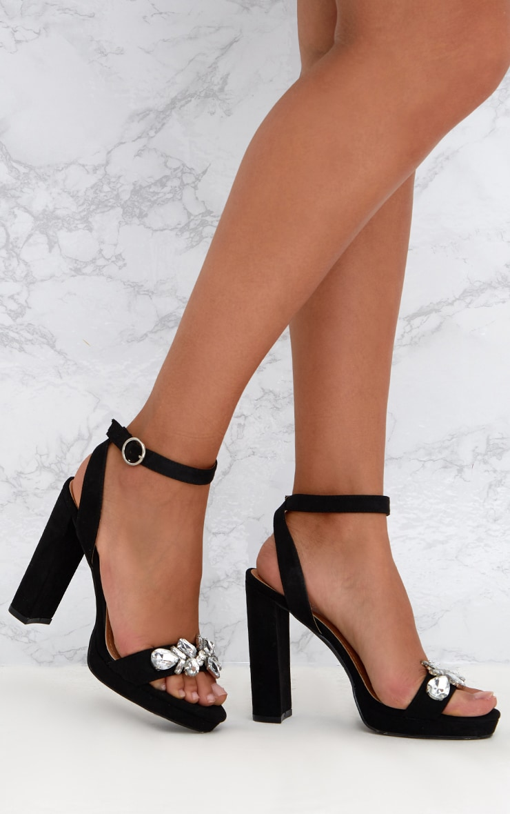 PrettyLittleThing Shoes Outlet