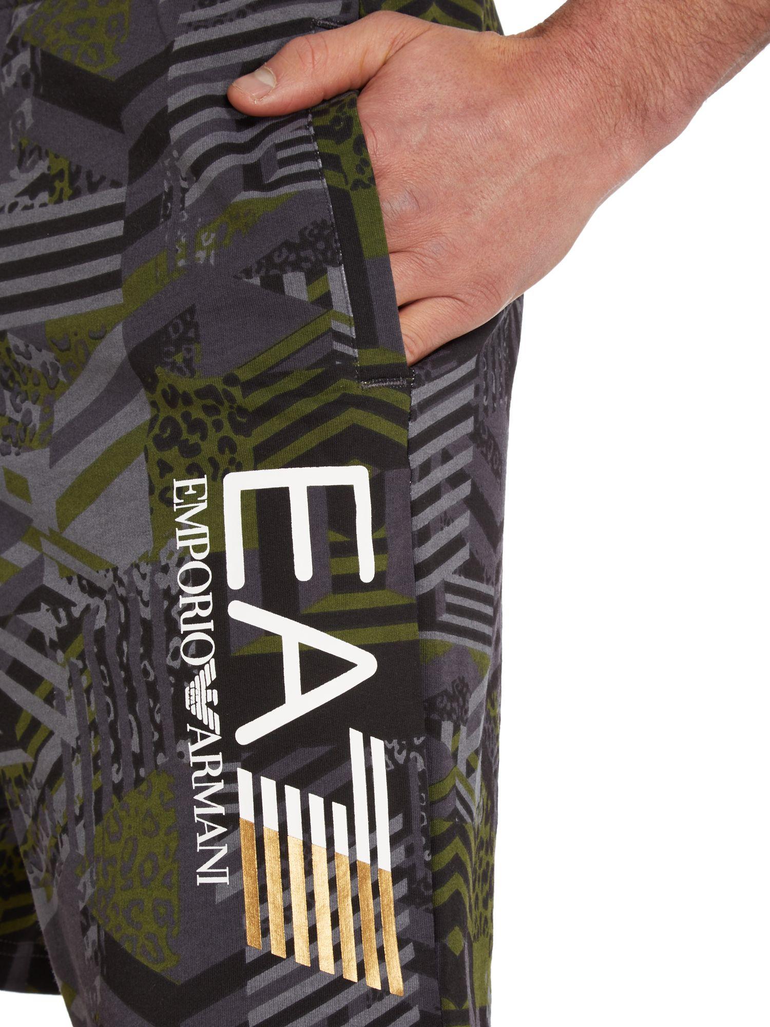 EA7  | Men