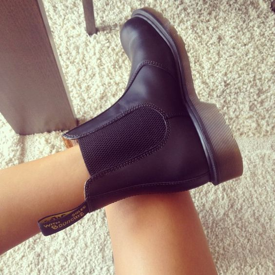 Chelsea Boots | Women