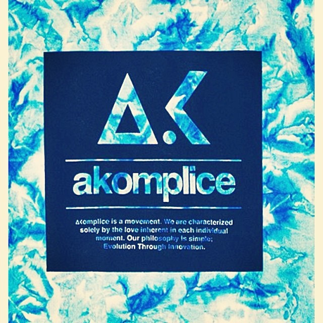 Akomplice Outlet